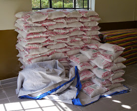 Photo: Maise flour to help families that ran out of food