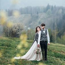 Wedding photographer Mikola Cimbalyuk (MikolaCimbal). Photo of 01.11.2018