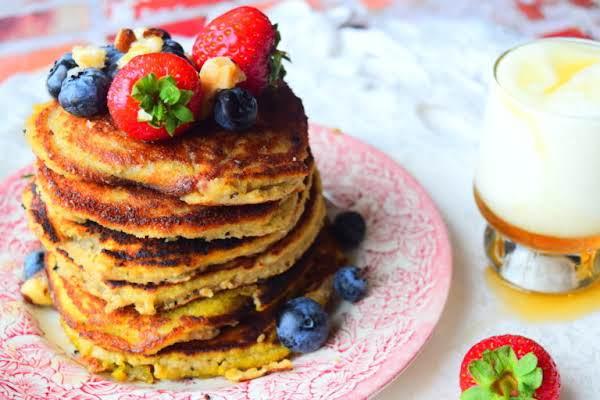 Almond & Banana Pancakes Recipe