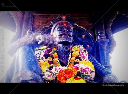 Chhatrapati Shivaji Maharaj Rajyabhishek Statue Jai Shivaji Jai