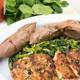 Spinach, Roasted Pepper & Mozzarella Chicken Burgers Recipe