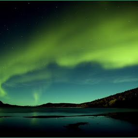 Northern Lights by Brennan Adamus - Landscapes Mountains & Hills ( lights, northern, mountain, earth, pretty, photo )