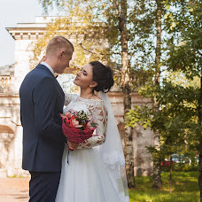 Wedding photographer Sasha Shapulina (LesyaSh). Photo of 14.09.2018