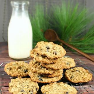 Old-Fashioned Oatmeal Raisin Pecan Cookies