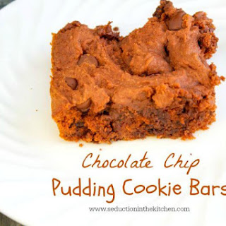 Chocolate Chip Pudding Cookie Bars #Choctoberfest