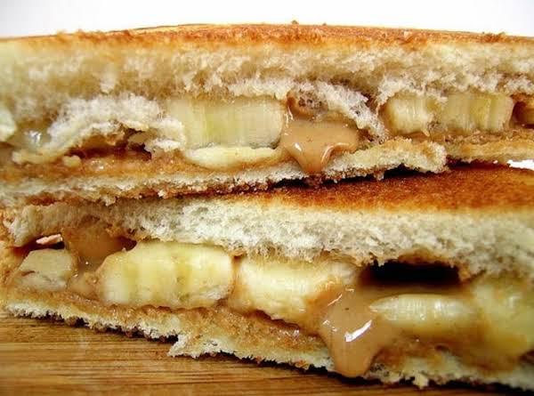 Elvis Presley's Favorite Peanut Butter & Banana Sandwich