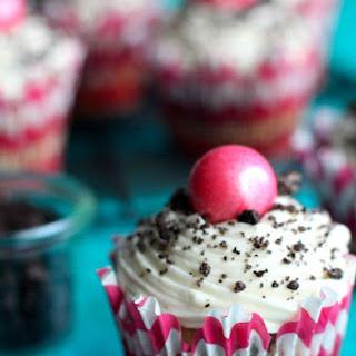 Oreo Stuffed Funfetti Cupcakes