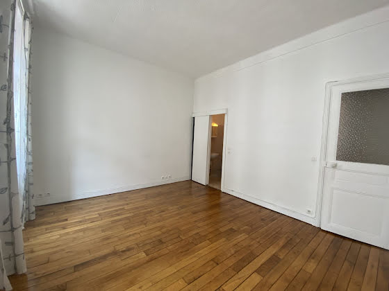 Location studio 23,06 m2