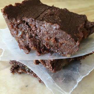 Vegan No Bake Chocolate Fudge Brownies