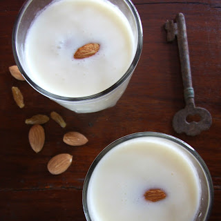 Muskmelon Lassi – Cantaloupe-Yogurt Smoothie.