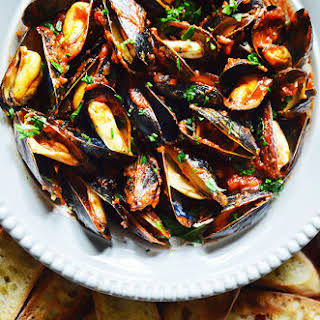Mussels Fra Diavolo.