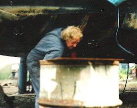 Photo: Capelle a/ Ijssel: Reparatur des Unterbodens