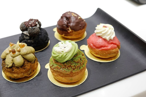 10 NEW Cafes In Singapore June 2021 – For 'MasterChef' Crab Burger, Pretty Choux Pastries, And Maple Pecan Tart