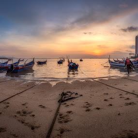 Fisherman by Ah Wei (Lung Wei) - Transportation Boats ( penang, sunrise, duo pek kong temple, nikon d750, shore, penang island, clouds, samyang, samyang 12mm f/2.8 ed as ncs fisheye, malaysia, people, george town penang, nikon, sunrises, fisheye, tanjung tokong, george town, pulau pinang, defish, samyang 12mm f2.8, sea pearl lagoon, tanjung tokong duo pek kong temple, fisherman, landscape )