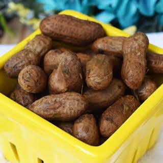 Crock Pot Boiled Peanuts.