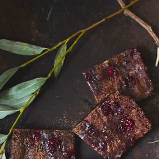 VEGAN LINGONBERRY BROWNIES