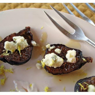 Grilled Figs With Blue Cheese and Citrus Honey