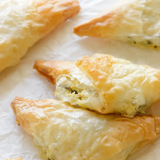 Sun-dried Tomato and Spinach Phyllo Pockets
