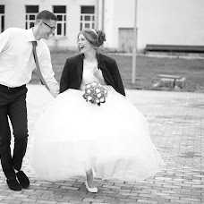 Wedding photographer Konstantin Antonov (fotoburg). Photo of 20.08.2018