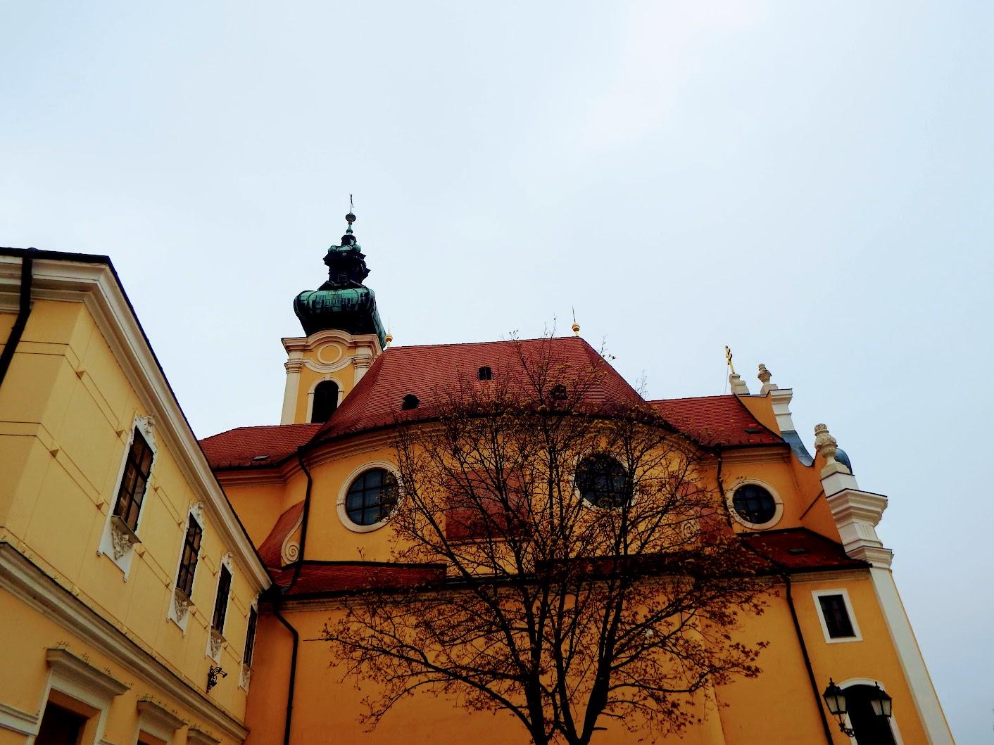 Győr - Szeplőtelen Fogantatás és Szent István király rk. templom (Kármelita templom)
