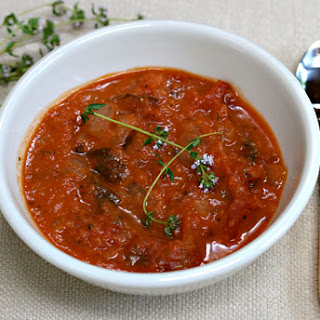 Slow Cooker Tomato Herb Soup