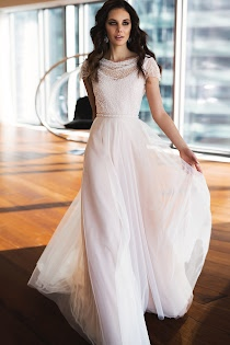 bd59fadec4f Свадебное платье Прециоза от Наталья Романова. Есть в наличии в 3 салонах  ценой от 45200 до 47100 руб.