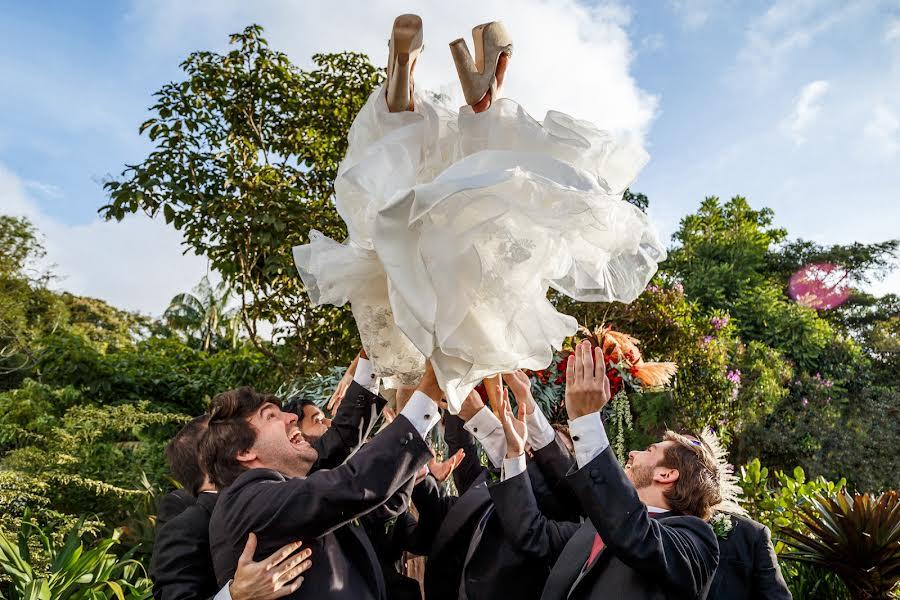 Wedding photographer Leonel Longa (leonellonga). Photo of 14.11.2019