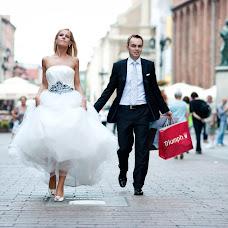 Wedding photographer Robert Kaniewski (4moments). Photo of 02.07.2015