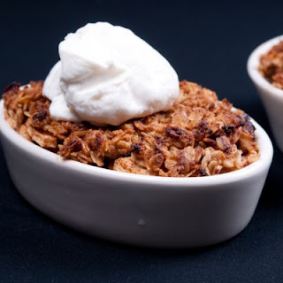 Toasted Oat And Cinnamon Apple Crumble