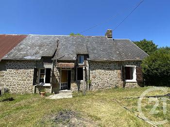 maison à Sainte-Marguerite-de-Carrouges (61)