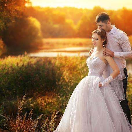Wedding photographer Vyacheslav Logvinyuk (Slavon). Photo of 30.10.2017