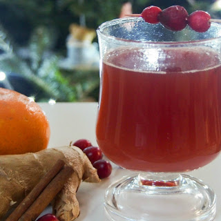 Warm Spiced Cranberry Cocktail (or Mocktail)