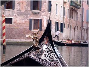 Photo: Gondola Veneciana Venecia http://www.viajesenfamilia.it/
