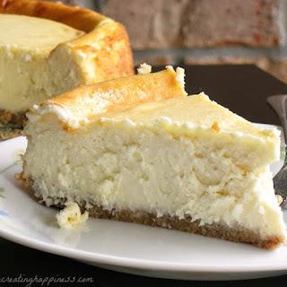 (Gluten Free) Sour Cream Cheesecake.
