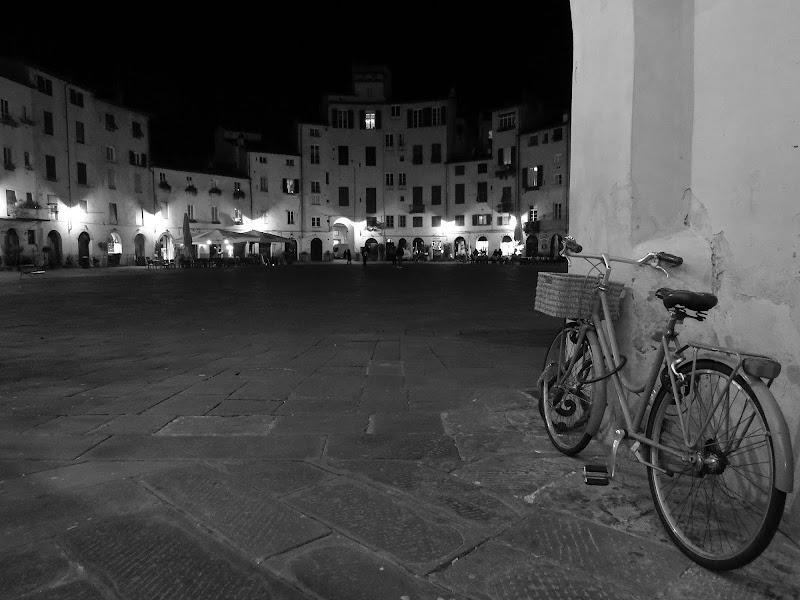 Bicicletta ..... con vista di Giorgio Lucca