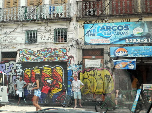 street-scene.jpg - Stores colorfully decorated by local artists.