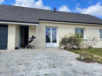 maison à Saint-Doulchard (18)