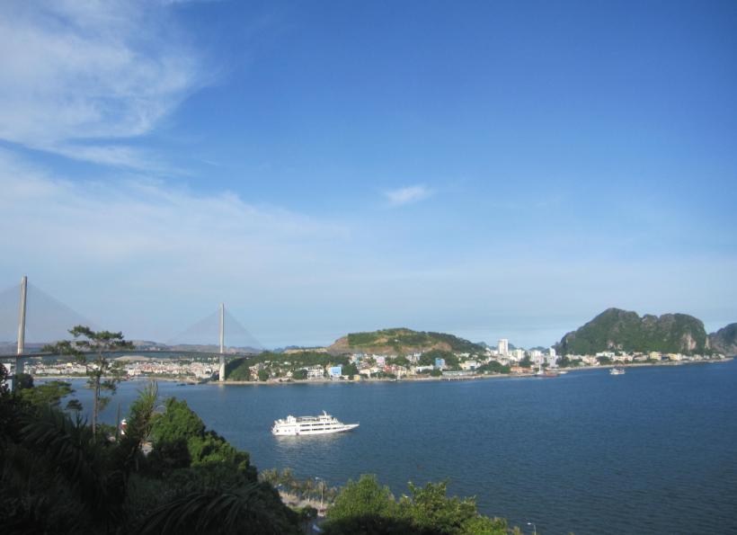 Cảnh biển Bãi Cháy được Sun Group Quảng Ninh tôn vinh trọn vẹn trong các dự án