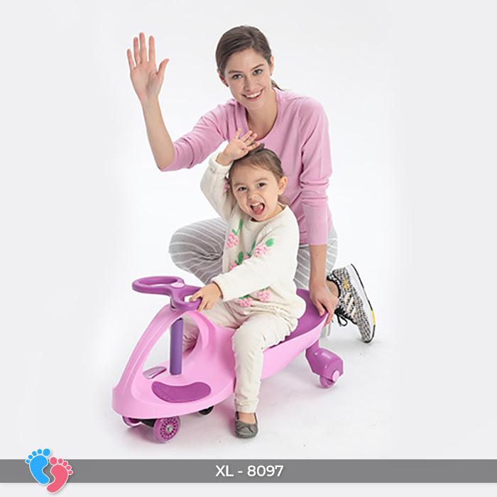 Xe lắc tay trẻ em 8097 6