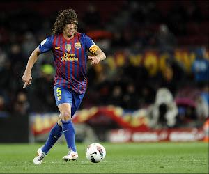 Carles Puyol nog even gedreven als tijdens zijn spelerscarrière: hij gaat letterlijk door de muur
