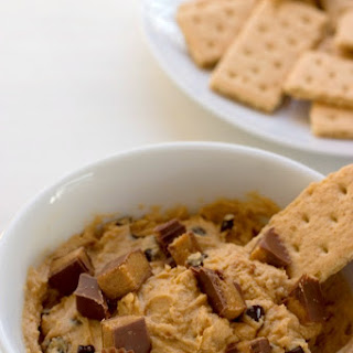 Skinny Peanut Butter Cup Dip