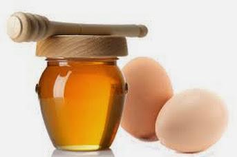 Làm trắng da với mặt nạ mật ong và lòng trắng trứng gà