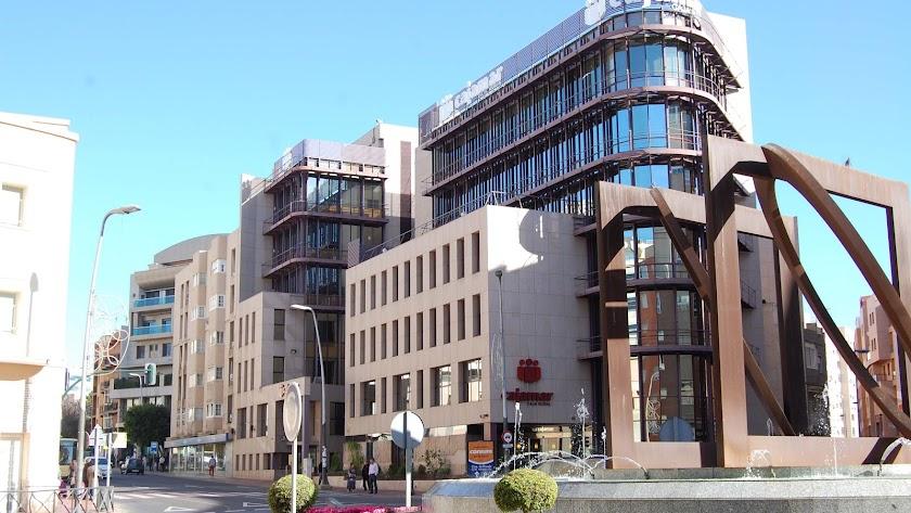 Grupo Cajamar   tiene su sede corporativa en Almería.