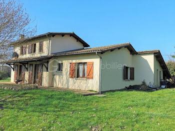 maison à Saint-Denis-de-Pile (33)