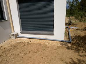 Photo: regenwater afvoer garage