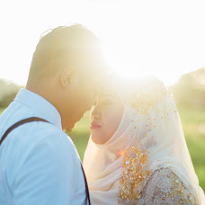 Wedding photographer Muzakhkir Amat Nooh (muzakhkiramatno). Photo of 19.02.2016