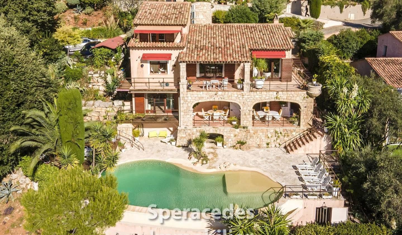 Villa avec terrasse Spéracèdes
