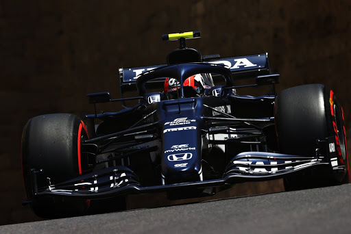 FP3: Gasly goes top as Verstappen crashes