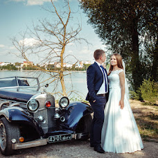 Wedding photographer Olya Yackiv (Delfin4uk). Photo of 19.09.2016