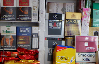 Photo: Strong warning labels on cigarette packs